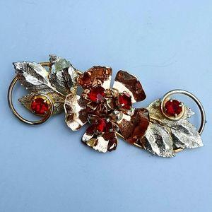 Jewelry - Vintage Sterling Floral Brooch w/Crimson Crystals